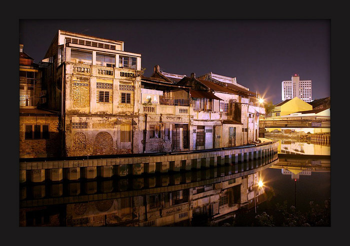 Melaka by night, By: Judhi Prasetyo