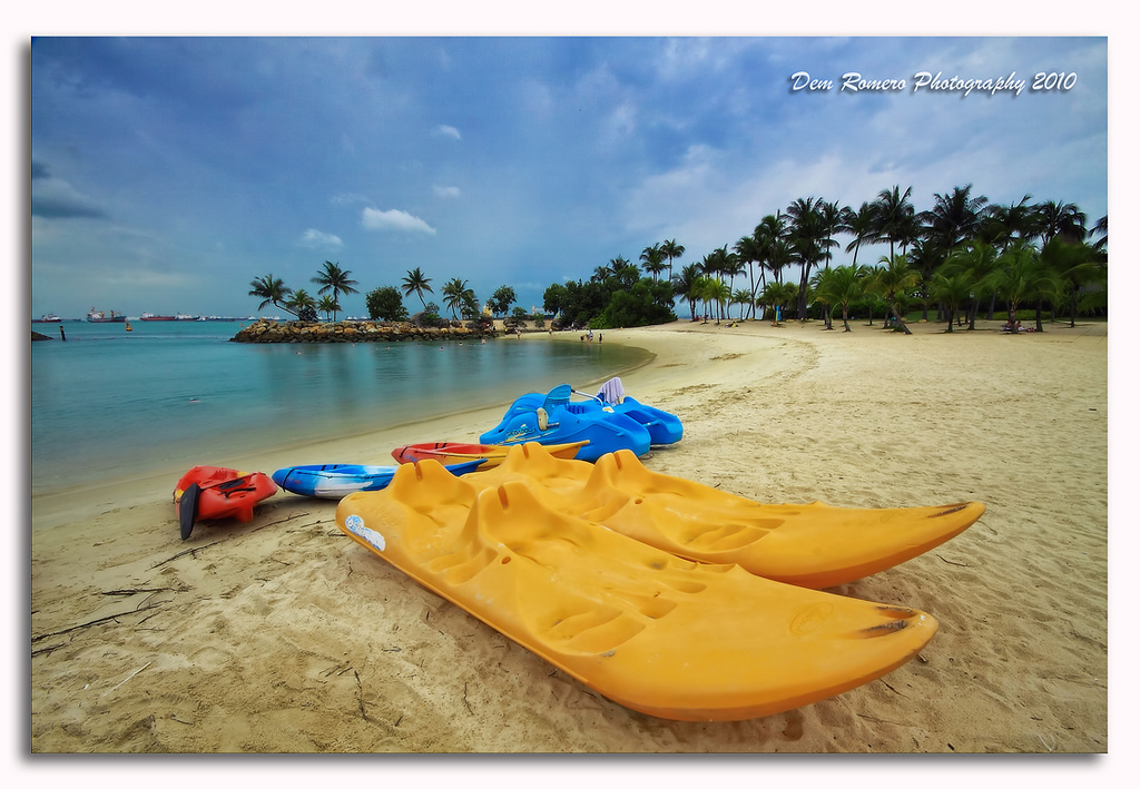 Picture perfect, slightly plastic Sentosa, By: Dem Romero