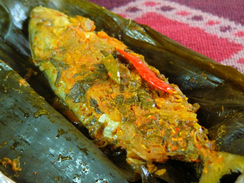 aromatic pepes ikan mas
