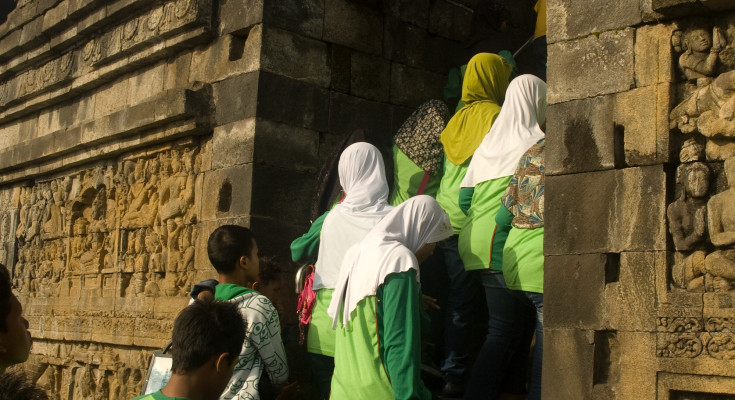 Schoolchildren at the Borobudur, By: Ogi Fran
