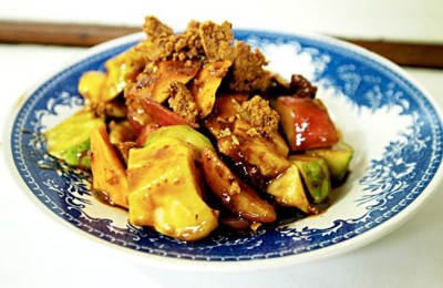 Rujak, favorite street food Indonesia