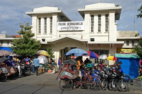 Pasar Beringharjo Yogyakarta, By: Bert Lanting