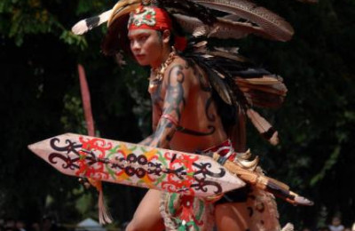 Dayak war dance, By: Verry Sahagun