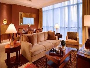 living room oakwood