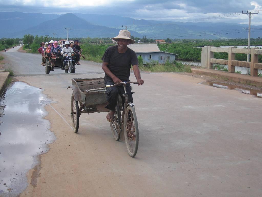 Public Transport near Kampot, By: Willem van Gent