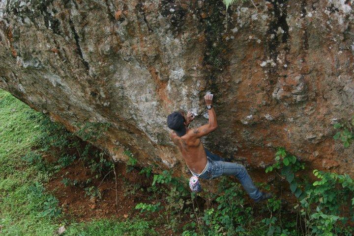 Agung Setyobudi in action, climbing Gunung Sewu
