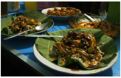 Nasi tahu and Sate Srepeh at Pak No's eatery, By: Labodalih