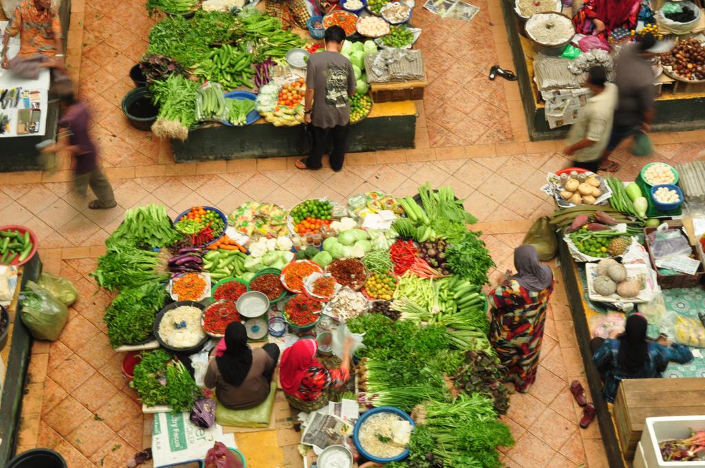 The Siti Khadijah Market in Kota Bharu, By: Marufish
