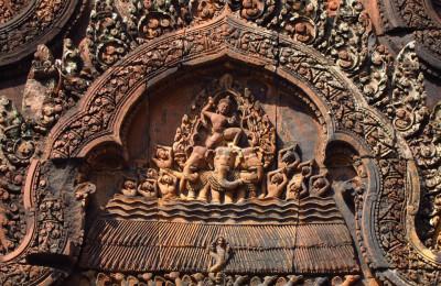 Banteay srey carving, By: Vijay Khurana