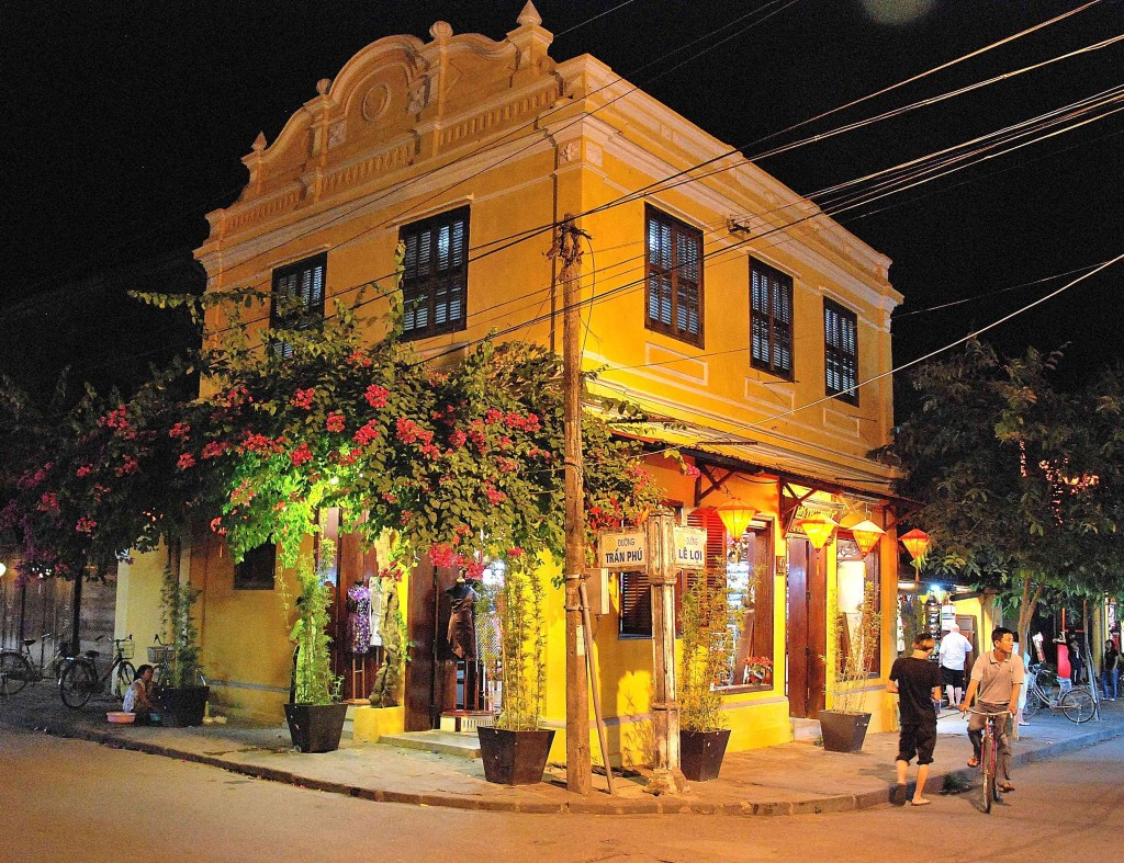 European style: A typical Hoi An Street corner, By: Simon Hare