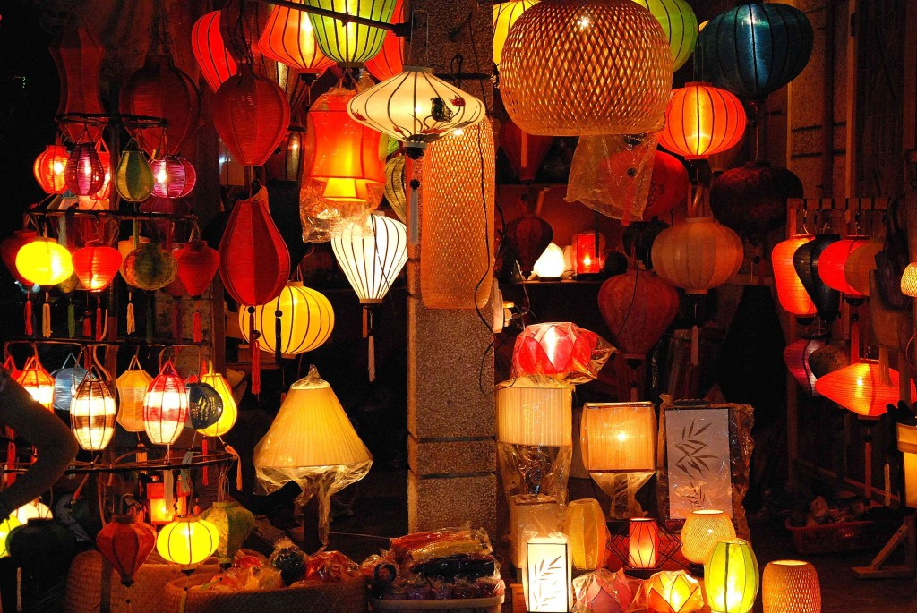 Evening in Hoi An: Traditional lanterns on sale, By: Simon Hare