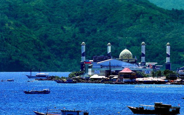 Ternate, By Doni Ismanto