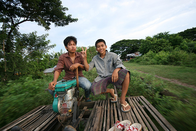 Battambang's famous bamboo train, By: Ruben I