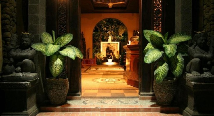 The entrance to Sehati Guesthouse in Ubud