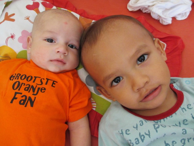 Egbert and Nonie's children do support the Dutch soccer team!