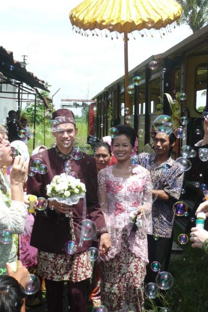 Egbert and Nonie at their Javanese wedding