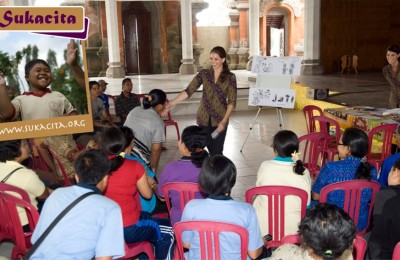 Sukacita shares knowledge with parents, children and schools