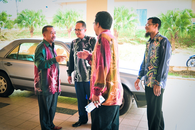 Indonesians ready for business, By: Mohd Zaki Mamat