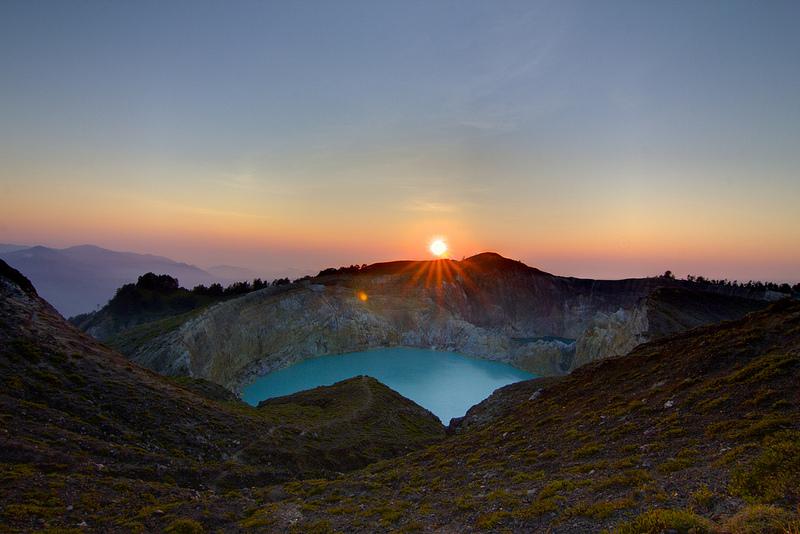 Kelimutu sunrise, By: Michael Day