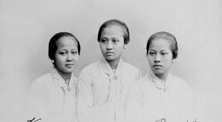 Kartini and sisters